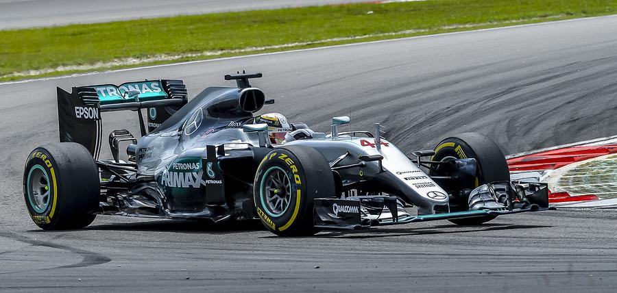 SEPANG MALAYSIA - OCTOBER 02 2016  Mercedes AMG Petronas Formula One Team driver Lewis Hamilton