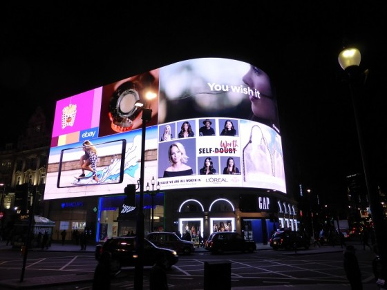 Piccadilly Circus_Nacht