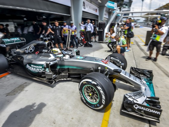 Lewis Hamilton SEPANG MALAYSIA - OCTOBER 01 2016  Mercedes AMG