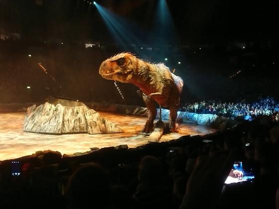 Dinosaurier im Reich der Giganten3