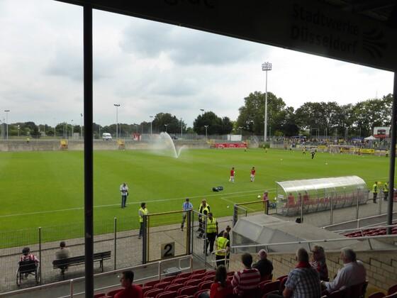 Paul-Janes-Stadion, Düsseldorf 3