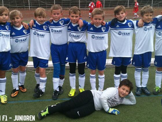 Mannschaftsfoto nach dem Spiel gegen SV Höntrop II